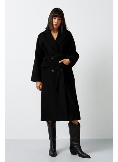 Gusto Erkek Yaka Düğmeli Palto  Siyah
